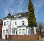 2 bed Flat in 25 Cargate Avenue...