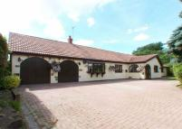 4 bed Detached property for sale in West Street, Brigg...