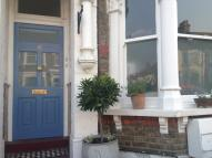2 bedroom Flat in Linden Avenue...