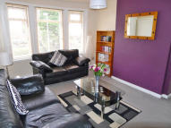 2 bedroom Flat in Turret Road, Glasgow...