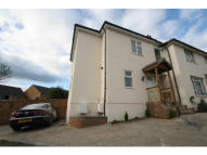2 bed semi detached home to rent in hazel close, Reigate...