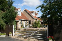 4 bedroom Detached house in 44 High Street, Sleaford...