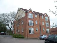 Flat to rent in Oast House Croft...