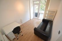 Flat to rent in 15 Guilford Street...