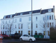 2 bed Flat in 41 Upper Belgrave Road...