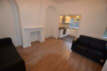4 bedroom Terraced home in Lealand road, London...