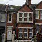 Maisonette to rent in Millward Road, Hastings...