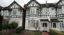 Maisonette to rent in Loveday Road , Ealing ...