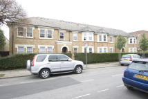 1 bedroom Flat to rent in Parkland Court, London...