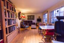 Flat to rent in 15 Queensbridge Rd...