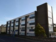 2 bed Flat to rent in Brimlands Court...