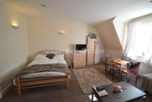 Studio apartment to rent in Royal College Street...