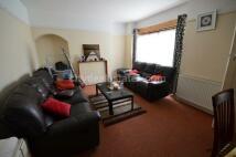 4 bedroom Terraced home to rent in Court Way, Acton W3 0PY