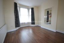 4 bed semi detached house to rent in Petersfield Road...