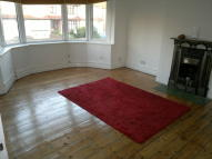 2 bedroom Flat to rent in North Street, Romford...