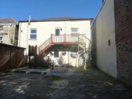 Flat to rent in Basset Road, Camborne...