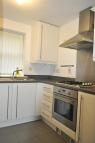 2 bed Ground Flat in Humber Street...