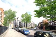 3 bed new Flat in Ladbroke Grove...