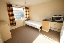 Studio flat in Norton Close, Smethwick...