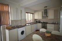 semi detached home in Laurel Way, London N20