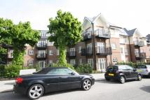 3 bed Flat in Hyacinth Court...
