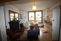 Studio flat in Cressy Road...