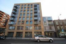 Flat to rent in VAUXHALL BRIDGE ROAD...