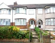 3 bedroom Terraced house in Whitton Avenue West...