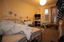 Flat in Priory Avenue, London