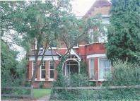 2 bedroom Apartment in Kemerton Road, Beckenham...