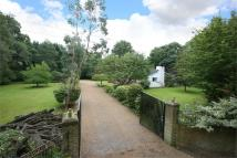 4 bed Detached property for sale in Beechwood Drive, Meopham...