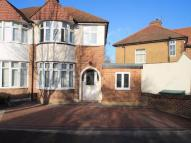 Woodside Avenue semi detached house to rent