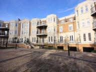 3 bedroom Penthouse to rent in Westerham Road, KESTON...