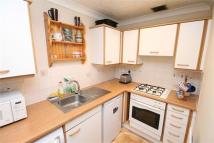 1 bed Town House to rent in Vicarage Drive...