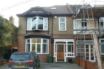 5 bed semi detached house to rent in Monkhams Lane...