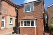 2 bedroom Detached property to rent in Woodford Green
