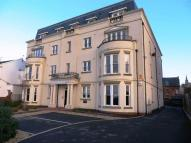Apartment to rent in Promenade, Southport