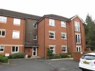 Flat to rent in The Larches, Droitwich
