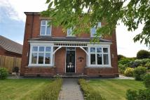 4 bedroom Detached property in Droitwich Road, Worcester