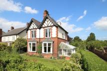 6 bed Detached home in St John's Road, Driffield