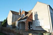 Detached property in Slayter Cottage...