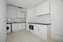 1 bedroom Studio flat to rent in (NO AGENCY FEES) Wells...