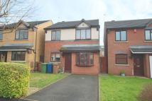 3 bedroom Detached house in Glamis Drive, Stone