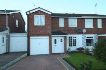 4 bedroom semi detached house to rent in Birchfields Close, Stone