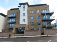 1 bed Flat to rent in Roehampton Lane, London,