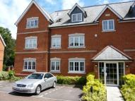 2 bedroom Flat to rent in Jays Court, Sunninghill...