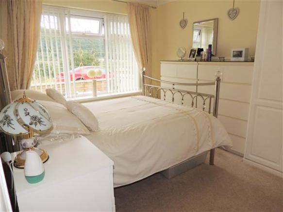 Bedroom 2 (ground