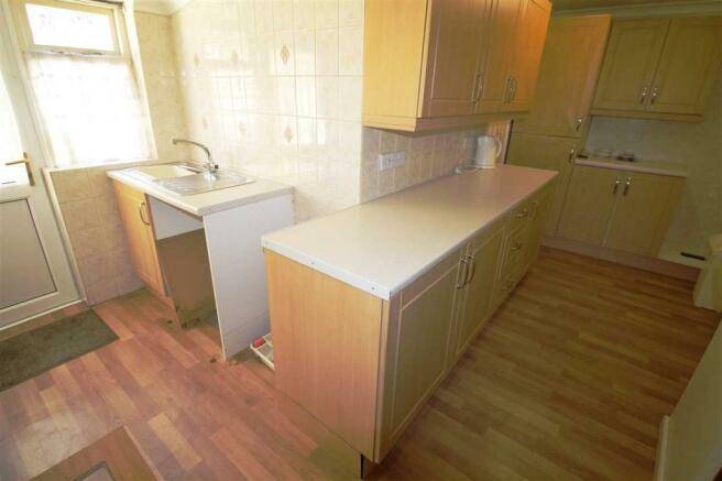 Kitchen ( l shape )
