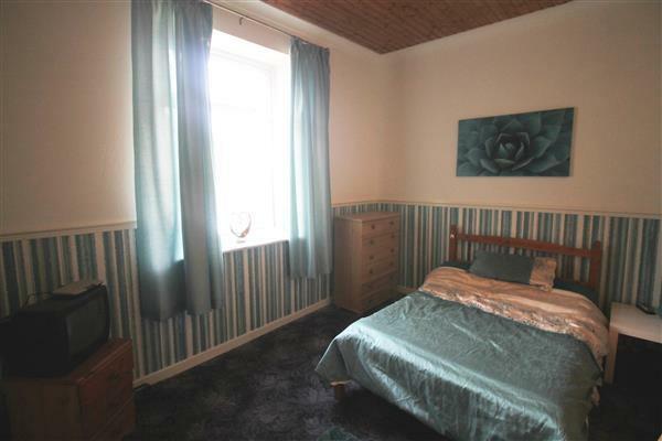 Bedroom 4 /