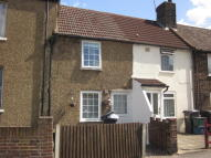 2 bed Terraced home in Cross Road, Croydon, CR0